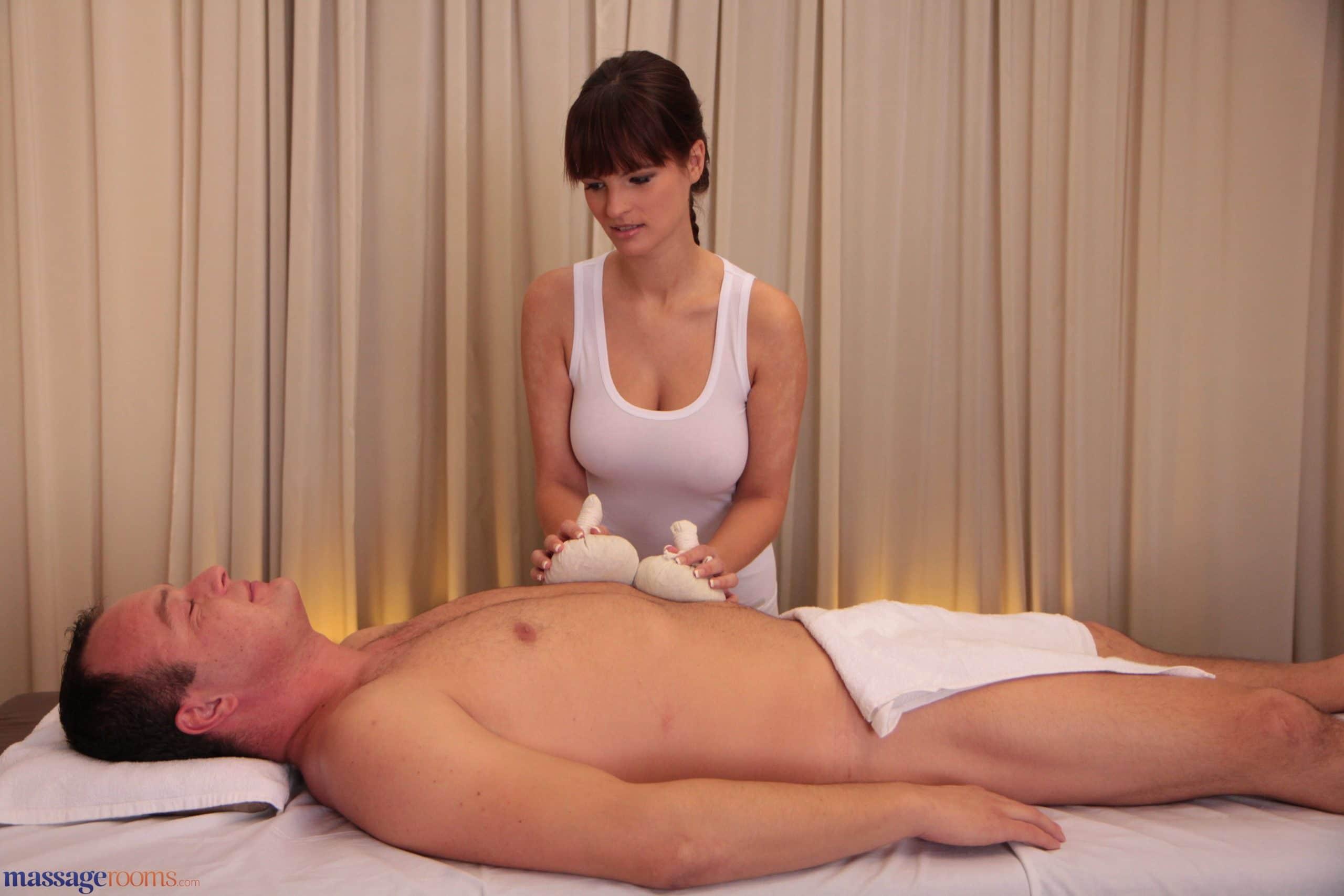 Schritt Schwester Gets Massage