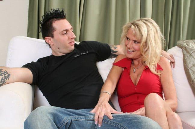 Ich hatte ausversehen Sex mit meiner Mutter