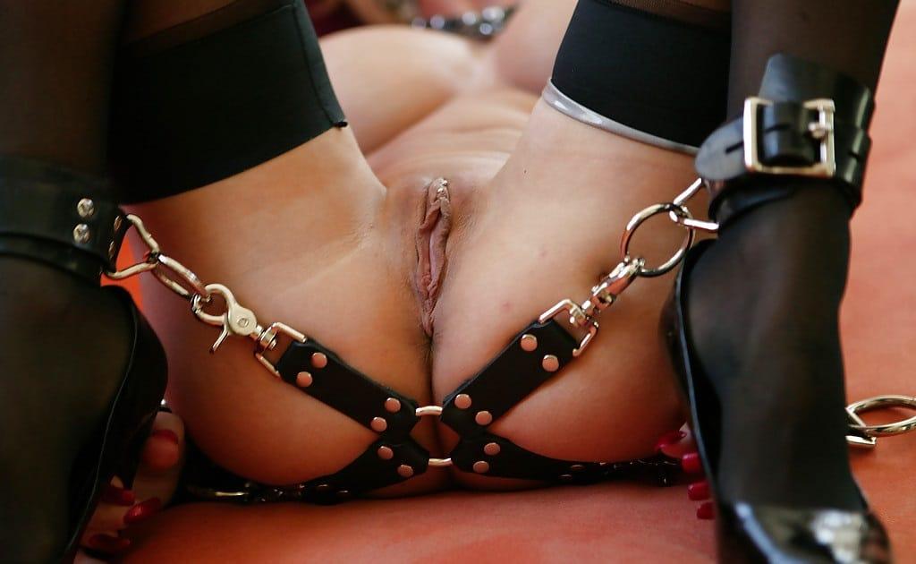 kittelschürzen forum gefesselte brüste